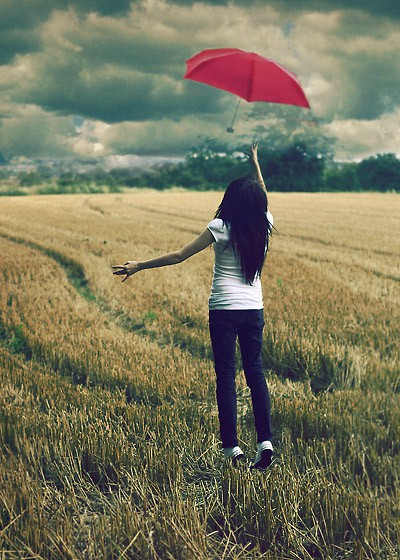 the_red_umbrella_by_larafairie.jpg